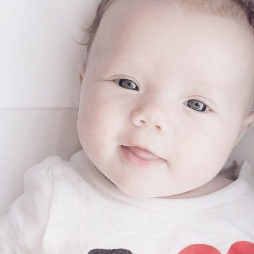 tasneem naturel kemaman, tips bersihkan mulut bayi, parenting tips