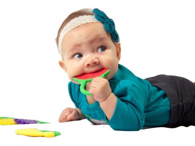 teether untuk bayi